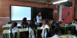 Taller Mobilitza't per una tecnologia sense sang a càrrec de l'Ajuntament de Sant Joan Despí
